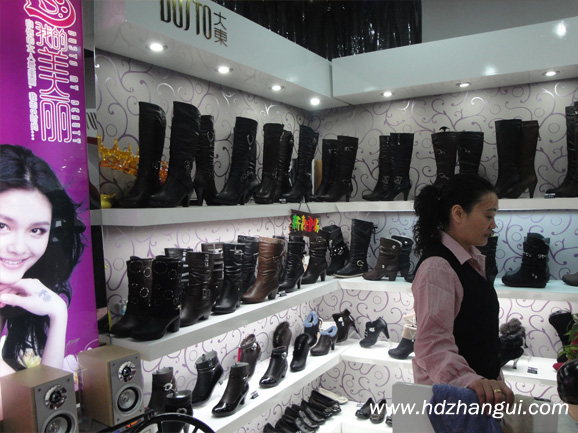 型 号:箱包鞋柜-018